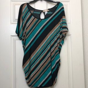 Beautiful colors!! Turquoise & Sandy Brown Blouse!